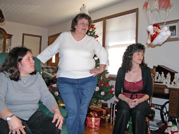 Dee, Grandma, Donette